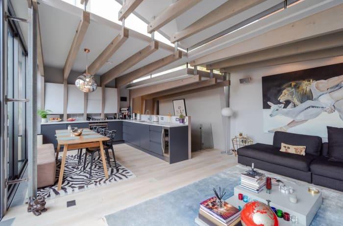 Apartment in Stylish Shoreditch, Shoreditch - 1