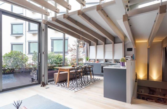 Apartment in Stylish Shoreditch, Shoreditch - 3