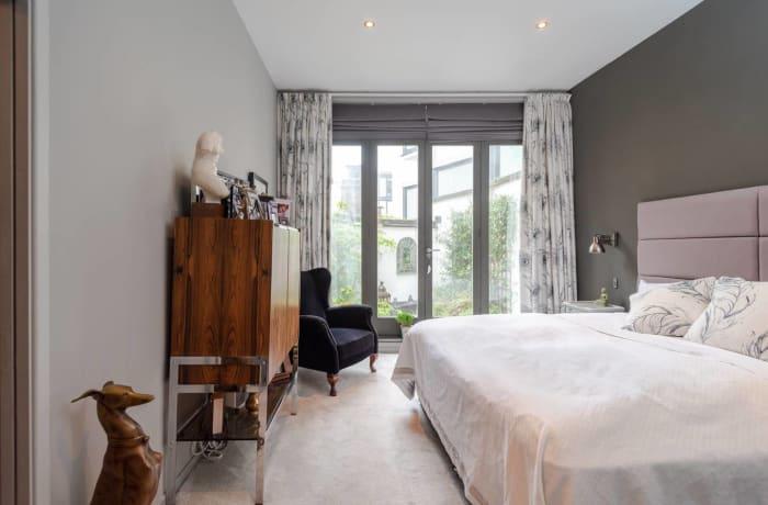 Apartment in Stylish Shoreditch, Shoreditch - 11