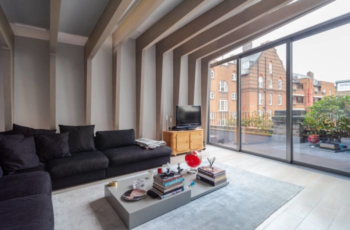 Apartment in Stylish Shoreditch, Shoreditch - 2