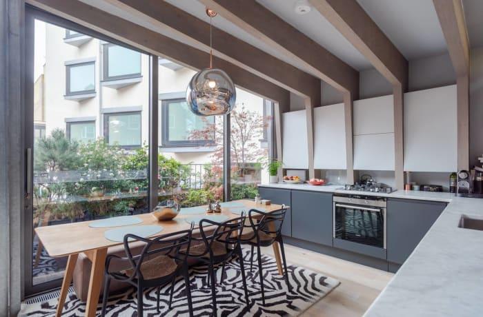 Apartment in Stylish Shoreditch, Shoreditch - 4