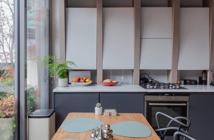 Apartment in Stylish Shoreditch, Shoreditch - 5