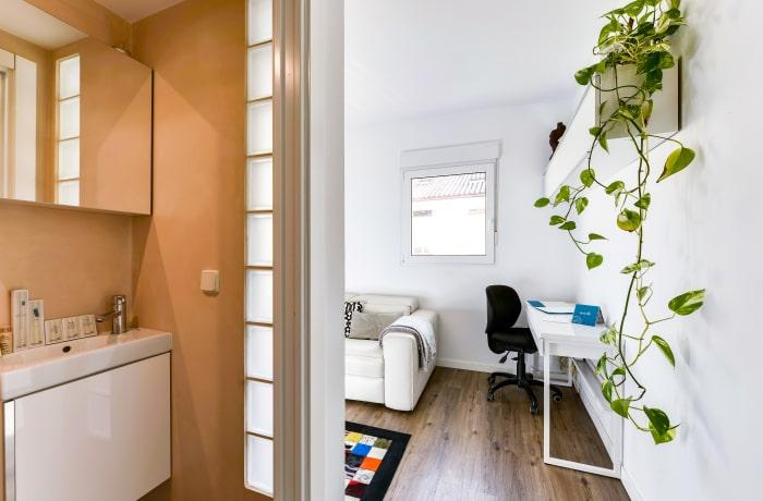 Apartment in Studio Opera, Callao - 11