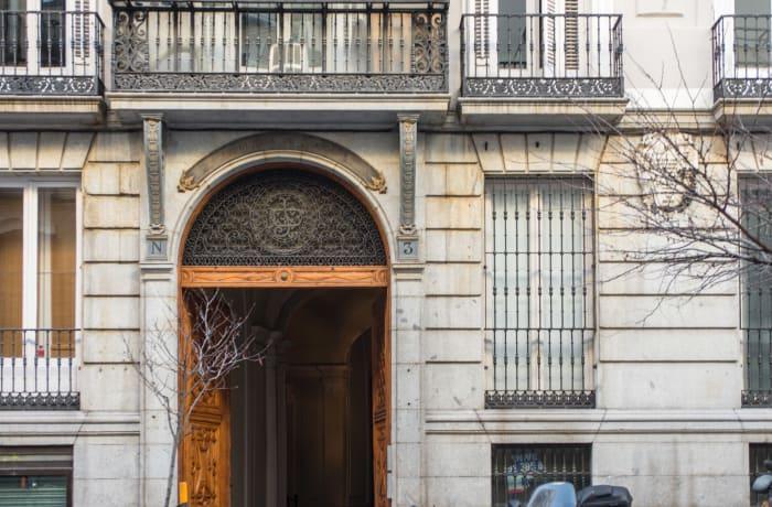Apartment in Studio Opera, Callao - 18