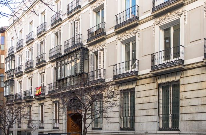 Apartment in Studio Opera, Callao - 19