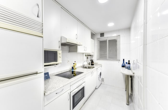 Apartment in Tirso de Molina, La Latina - 4
