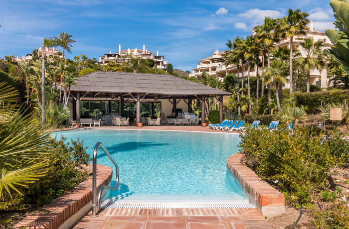 Apartment in Capanes Del Golf, Benahavis - 0