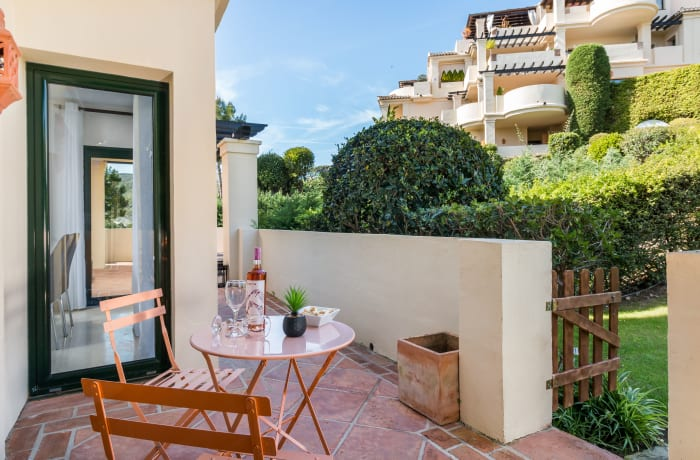 Apartment in Capanes Del Golf, Benahavis - 11