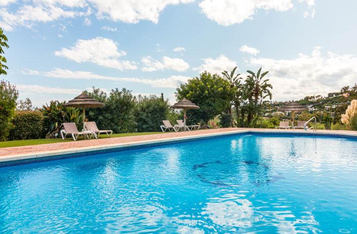 Apartment in Las Brisas, Marbella - 0