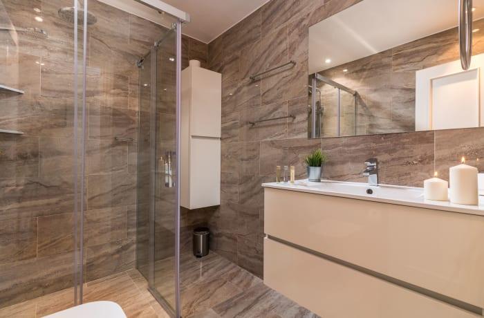 Apartment in Las Brisas, Marbella - 6