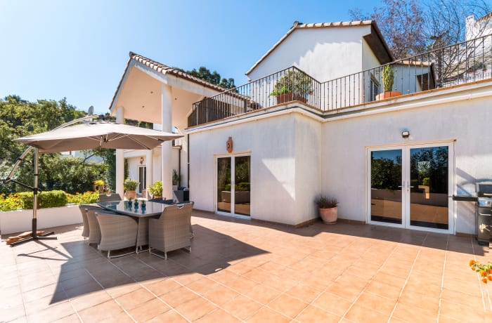 Apartment in Villa La Mairena, Marbella - 18