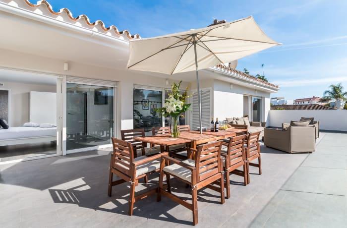 Apartment in Villa Mariposa, Marbella - 16
