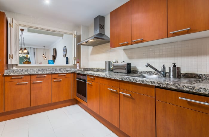 Apartment in El Palmeral I, Nueva Andalucia - 4