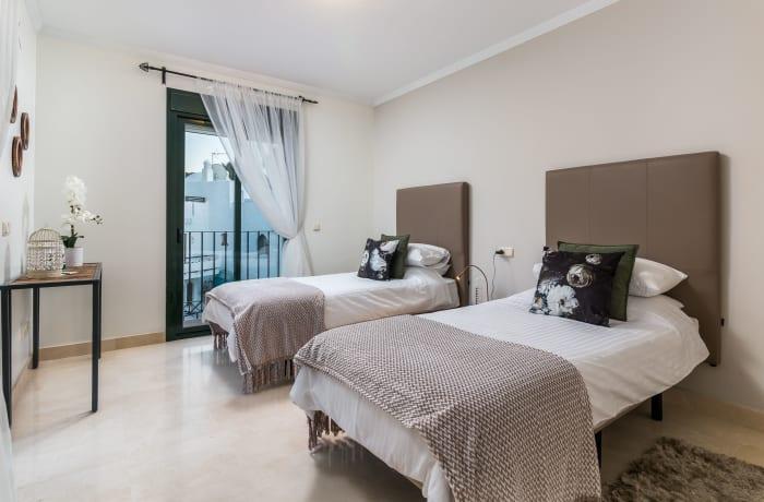 Apartment in El Palmeral I, Nueva Andalucia - 12