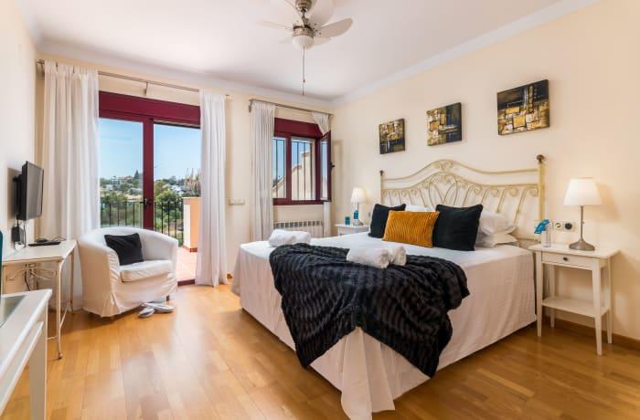 Apartment in Hacienda El Palmeral, Nueva Andalucia - 7