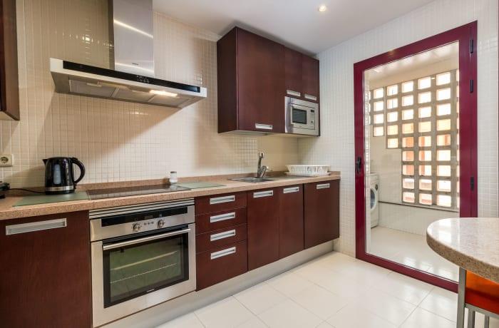 Apartment in Hacienda El Palmeral, Nueva Andalucia - 6