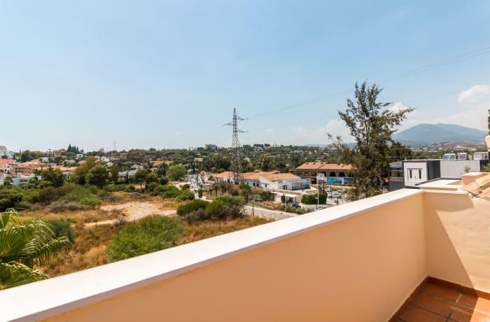 Apartment in Hacienda El Palmeral, Nueva Andalucia - 20