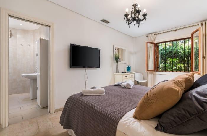 Apartment in Le Village, Nueva Andalucia - 8