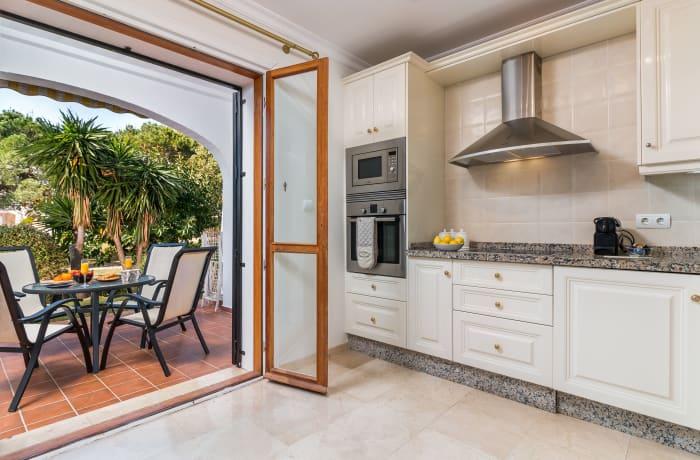 Apartment in Le Village, Nueva Andalucia - 6