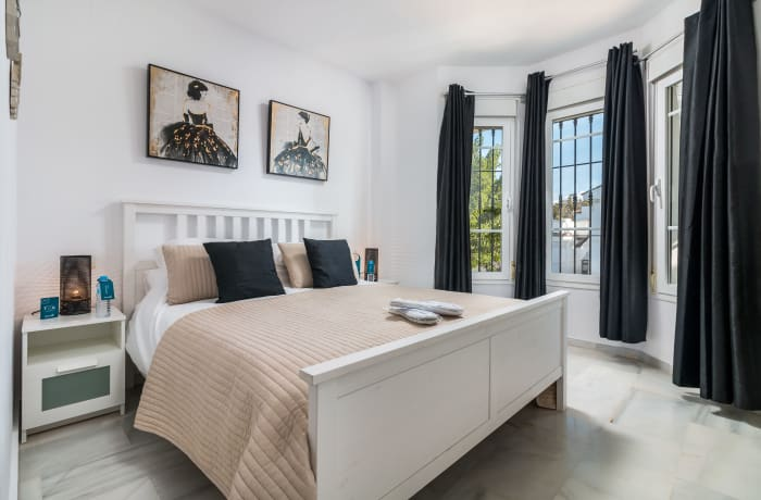 Apartment in Los Naranjos, Puerto Banus - 7
