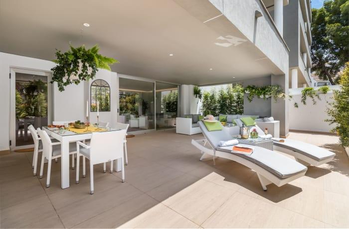 Apartment in Royal Banus I, Puerto Banus - 13