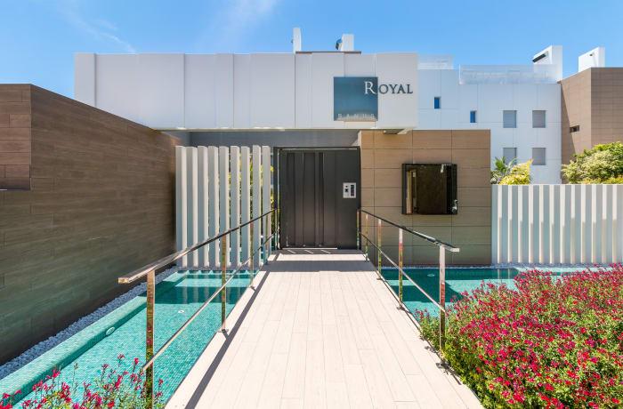 Apartment in Royal Banus I, Puerto Banus - 17
