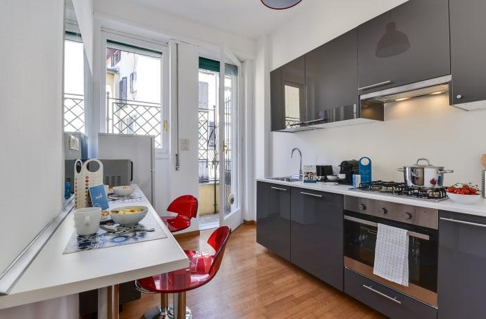 Apartment in Borgogna, Duomo - 11