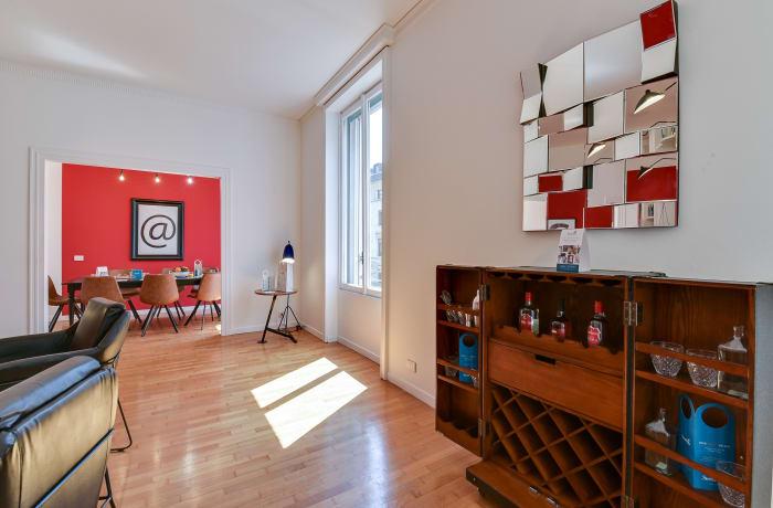 Apartment in Borgogna, Duomo - 4