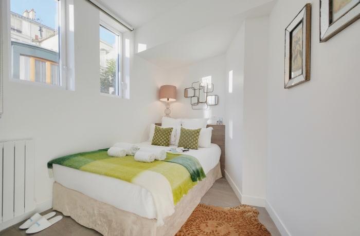 Apartment in Berthe I, Butte Montmartre (18e) - 18
