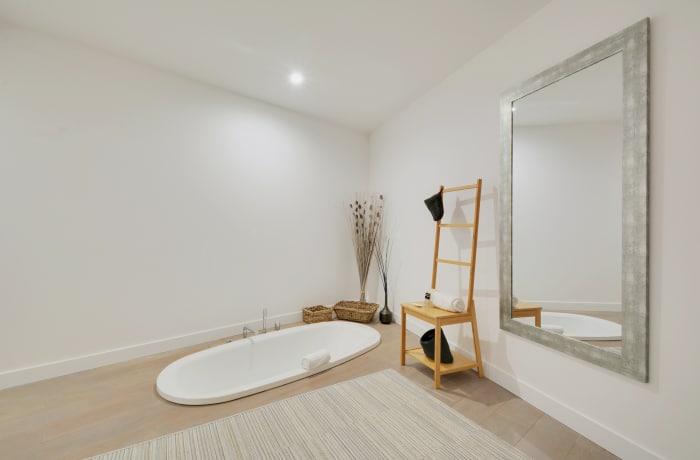 Apartment in Berthe I, Butte Montmartre (18e) - 16