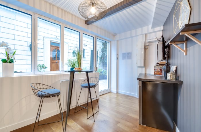 Apartment in Berthe II, Butte Montmartre (18e) - 16