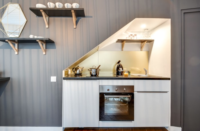 Apartment in Berthe II, Butte Montmartre (18e) - 4