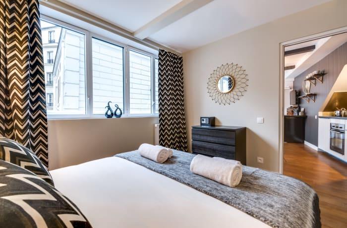 Apartment in Berthe II, Butte Montmartre (18e) - 8