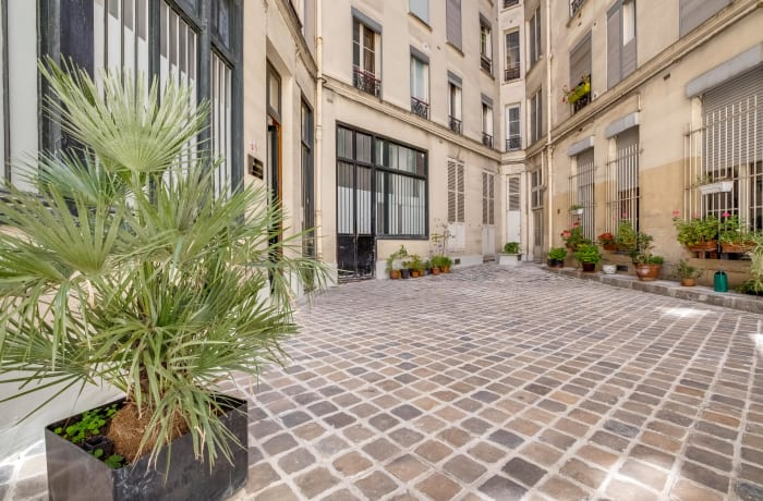 Apartment in Compiegne I, Canal Saint-Martin - 23