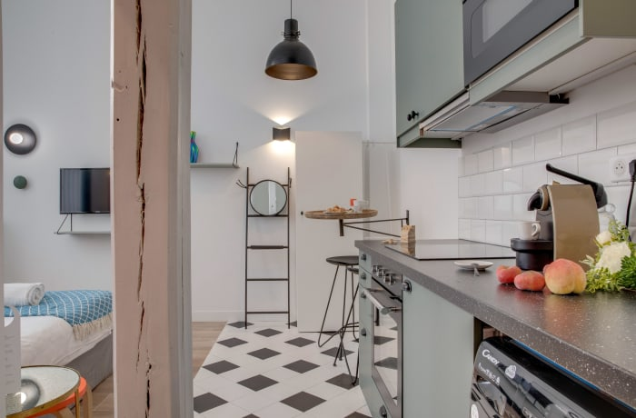 Apartment in Compiegne I, Canal Saint-Martin - 8