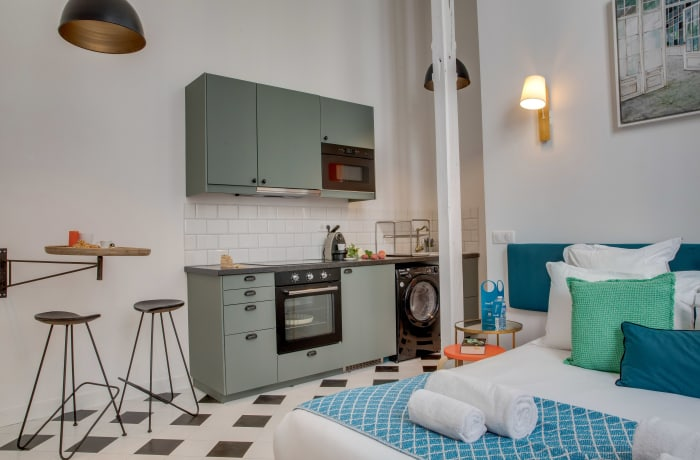 Apartment in Compiegne I, Canal Saint-Martin - 6