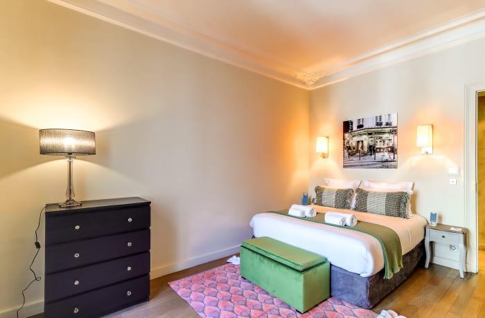 Apartment in Montaigne I, Champs-Elysées (8e) - 11