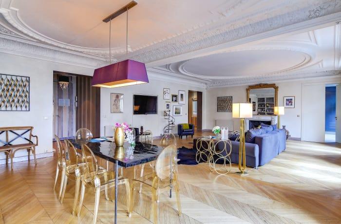 Apartment in Montaigne II, Champs-Elysées (8e) - 7