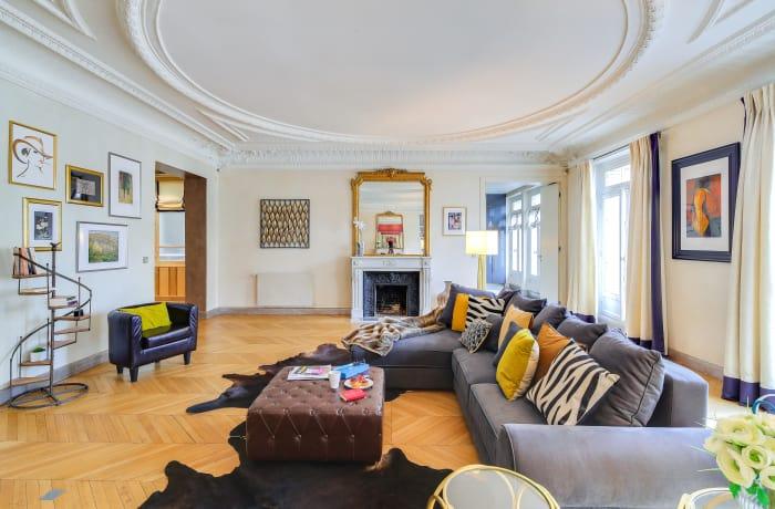 Apartment in Montaigne II, Champs-Elysées (8e) - 2