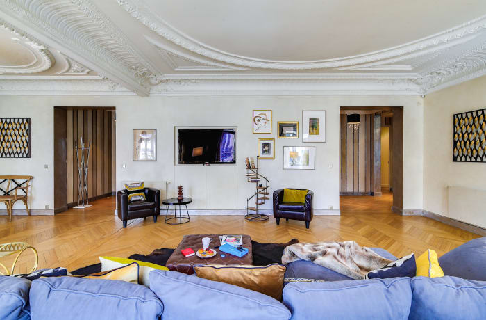 Apartment in Montaigne II, Champs-Elysées (8e) - 4