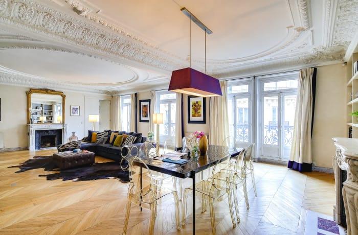 Apartment in Montaigne II, Champs-Elysées (8e) - 1