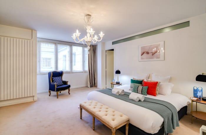 Apartment in Montaigne II, Champs-Elysées (8e) - 12