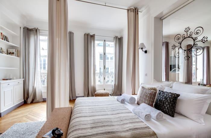 Apartment in Ponthieu I, Champs-Elysées (8e) - 11