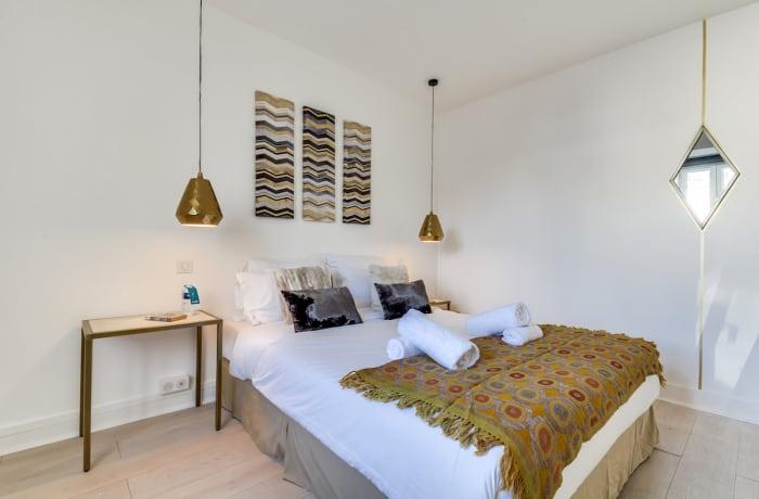 Apartment in Ponthieu III, Champs-Elysées (8e) - 18