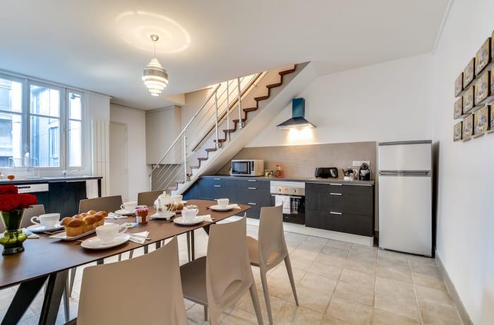 Apartment in Ponthieu III, Champs-Elysées (8e) - 6