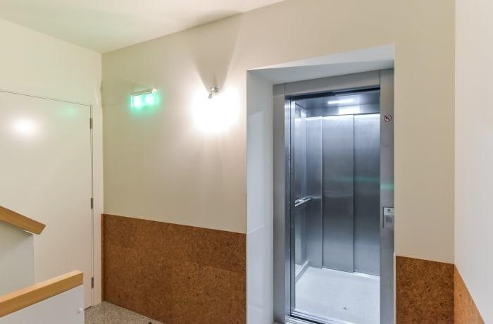 Apartment in Galeria Studio I, Miragaia - 12