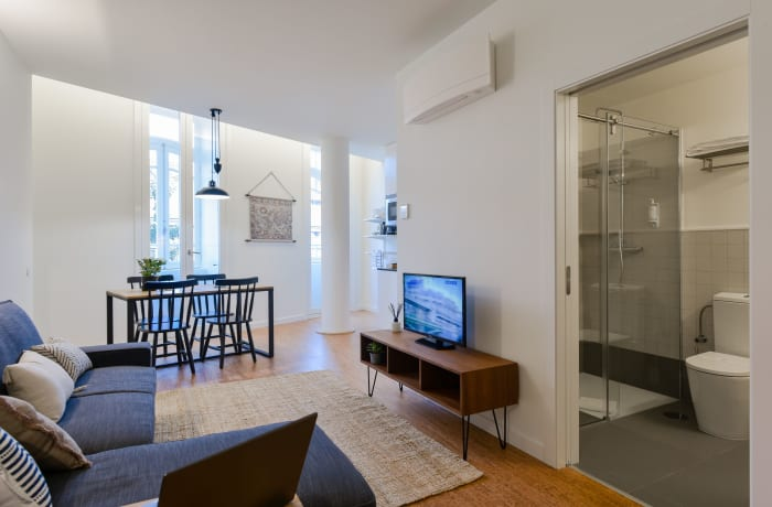 Apartment in Galeria Studio II, Miragaia - 9