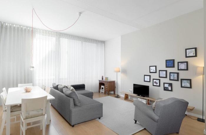Apartment in Almada, Vitoria - 1