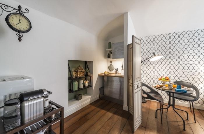 Apartment in Calderari I, Campo de' Fiori, Piazza Navona - 6
