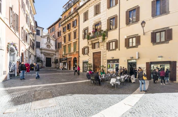 Apartment in Specchi , Campo de' Fiori, Piazza Navona - 21